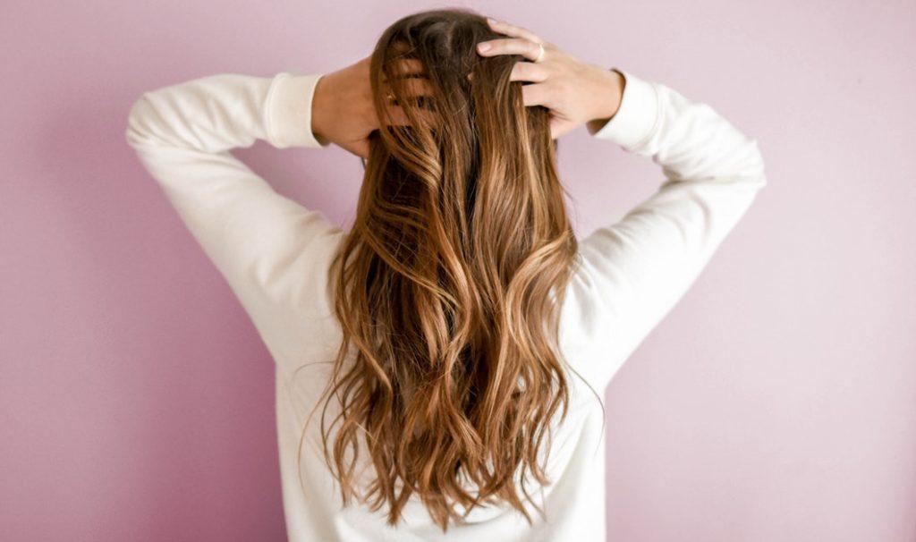 Gepflegte Haare mit Haaröl